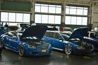 Niebieskie samochody