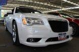 samochód marki Chrysler